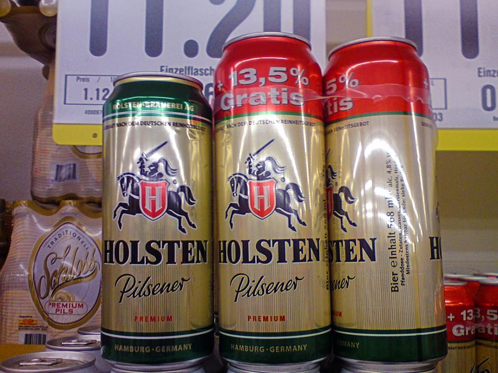 Wird gemeinhin ja nicht empfohlen, jedoch heute im Einkaufsladen gesehen: Bier in höheren Dosen!