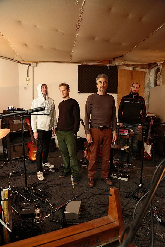 Howe Gelb im Studio mit Radian (Photo: radian.at)