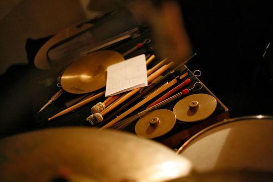 Howe Gelb (nicht im Bild) und Radian (ebenfalls bildfern) im Studio (Photo: radian.at)